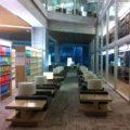 明治大学和泉図書館 ホテルのラウンジで過ごすような滞在型図書館
